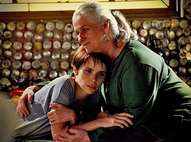 Lucinda é uma mãezona na ficção. Por que sua mãe é linda? (Foto: TV Globo / Avenida Brasil)