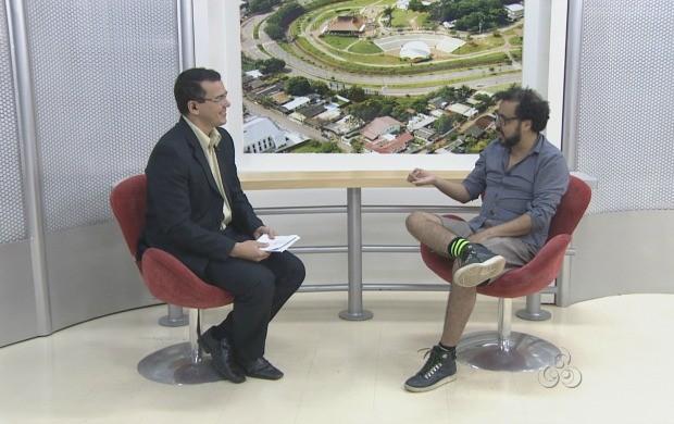 Colunista do G1, Dodô Cavalcante, bateu um papo com o apresentador Bruno Cássio (Foto: Acre TV)