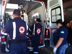 Feridos foram levados para o pronto-socorro Clóvis Sarinho (Foto: Fernanda Zauli/G1)