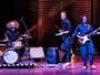 Espetáculo 'Empreitada' traz operários músicos que improvisam histórias