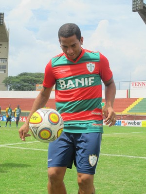 Jael atacante da Portuguesa (Foto: Marcos Guerra / Globoesporte.com)