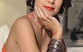 Andréia Horta diz que saía leve do estúdio após cenas de barraco da Valéria