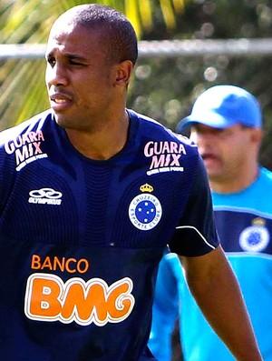 Borges no treino do Cruzeiro (Foto: Denilton Dias / Vipcomm)
