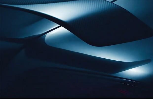 Nova versão do Bentley Continental terá aerofólio ao estilo do GT3-R (Foto: Reprodução)