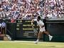 Djokovic avança em Wimbledon com vitória tranquila sobre fã