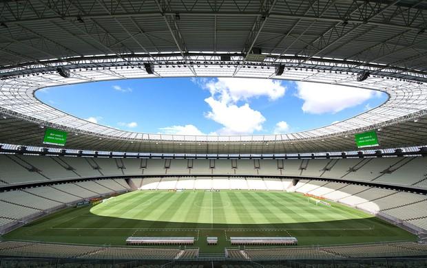 obras estádio Castelão Copa 2014 (Foto: AFP)