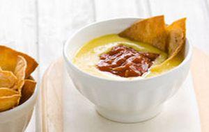 Pastinha de salsa com queijo