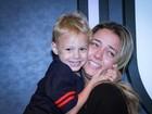 Davi Lucca, filho de Neymar, vai a feira de moda em São Paulo com a mãe