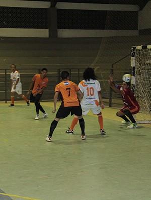 Atlético Valência e Pacaraima decidem título da Divisão Inicial do futsal adulto  (Foto: Reynesson Damasceno)