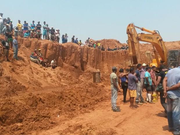 Homens morreram soterrados no garimpo (Foto: Eliete Marques/G1)