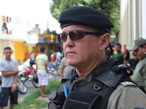 Pisões são dificeis em ações como essa, dia o tenente Miguel Luz (Foto: Pedro Santiago/ G1)