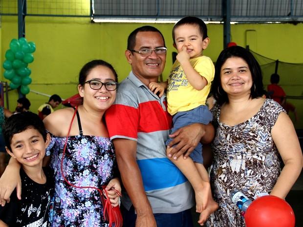 Ane levou toda a família para se divertir no evento (Foto: Rickardo Marques/G1 AM)