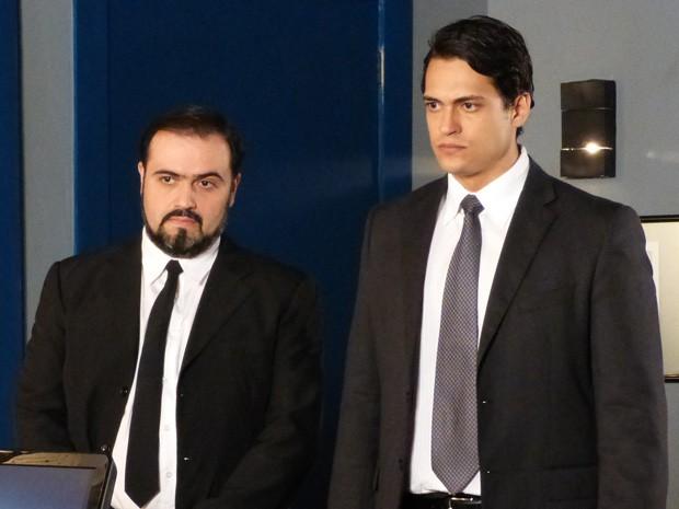 Hélio assume o crime (Foto: Vila dos Ventos / TV Globo)