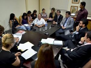Acordo foi realizado buscando regularizar situação dos pacientes na fila das cirurgias ortopédicas (Foto: Heitor Iglesias/ Núcleo Saúde )