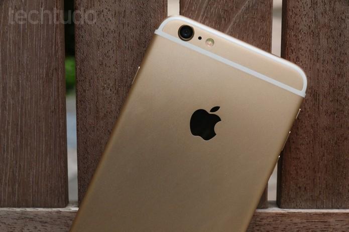 Detalhe da câmera traseira do iPhone 6 Plus (Foto: Lucas Medes/TechTudo)