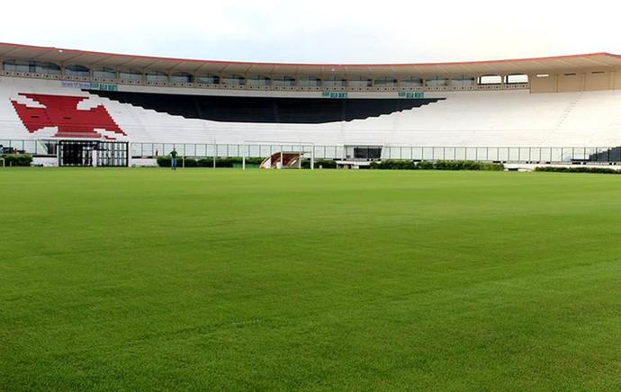 gramado de São Januário para a Copa do Mundo (Foto: Globoesporte.com)