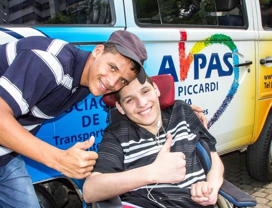 Fundada pelo casal Tatiana e Luiz Maurício, a AHPAS é uma organização sem fins lucrativos que oferece acesso ao tratamento e apoio sociofamiliar a crianças e adolescentes com câncer (Foto: Divulgação/AHPAS)