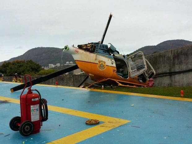 Helicóptero da PRF fez pouso forçado no Palácio Guanabara (Foto: Reprodução/Whatsapp)