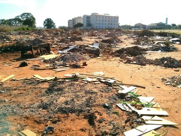 Itapetininga tem atualmente aproximadamente dez pontos de descarte irregular de lixo (Foto: Cláudio Nascimento/ TV TEM)