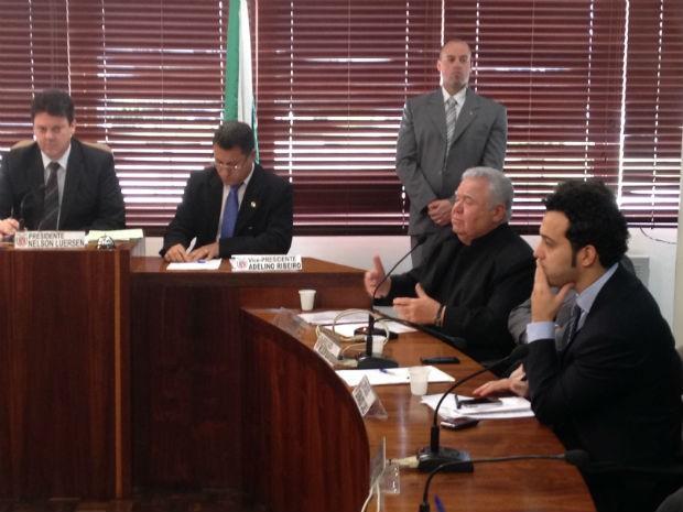 Jaimer Lerner, ex-governador do Paraná, depôs nesta terça-feira (1ª) na CPI dos Pedágios, da Assemleia Legislativa do Paraná (Foto: Thais Kaniak / G1 PR)