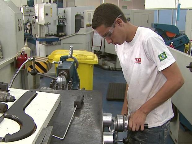 Senai de São João da Boa Vista encerra inscrições para curso de mecânica de fábrica nesta quarta-feira (17) (Foto: Reprodução/EPTV)