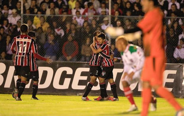 Osvaldo, LDU de Loja x São Paulo (Foto: Agência EFE)