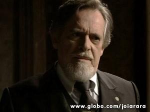 Joalheiro chantageia a nordestina e diz que solta Mundo se Amélia largar Franz (Foto: Joia Rara/ TV Globo)
