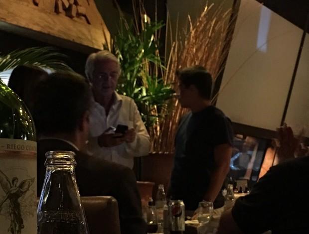 BLOG: Conca e Celso Barros se encontram em shopping no Rio de Janeiro
