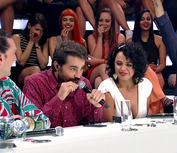 Depois, foi a vez de Ricardo Pereira entrar na brincadeira (Foto: TV Globo)