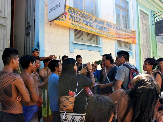 Protesto ocorreu na manhã desta quarta (Foto: Suelen Gonçalves/G1 AM)