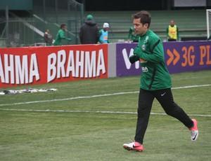 Everton Ribeiro retorna ao time titular do Coritiba (Foto: Gabriel Hamilko / GloboEsporte.com)