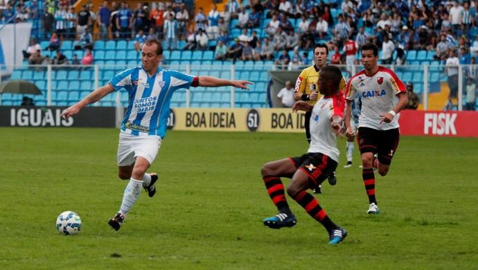 Marquinhos Avaí x Flamengo (Foto: Jamira Furlani/Avaí FC)