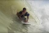 Confira Gabriel Medina em a��o nas ondas artificiais criadas por Kelly Slater