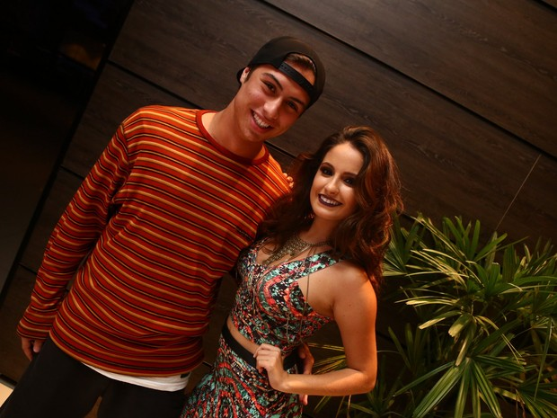 Francisco Vitti e Amanda Godoi em festa na Zona Oeste do Rio (Foto: Raphael Mesquita/ Divulgação)