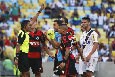 Árbitro Vasco x Flamengo (Foto: Reginaldo Pimenta / Agência O Globo)