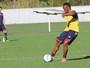 Tinga encaminha acerto com Joinville e é esperado para assinar contrato