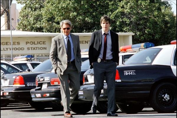 Os atores Harrison Ford e Josh Hartnett em cena de 'Divisão de Homicídios' (2003) (Foto: Reprodução)