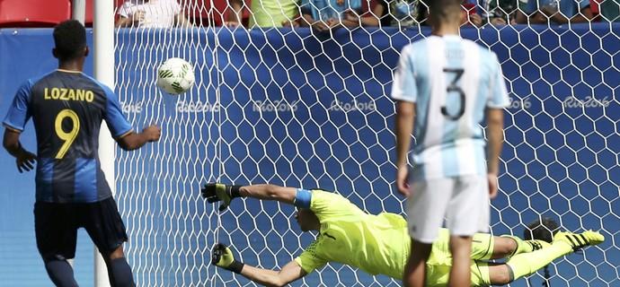 Lozano Argentina Honduras futebol masculino Olimpíada (Foto: Reuters)