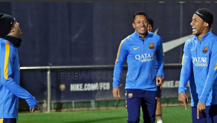 Treino do Barcelona Neymar e Adriano (Foto: Miguel Ruiz / Barcelona)