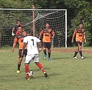 Campeonato de Férias no campo do Calafate (Foto: Reprodução/TV Acre)