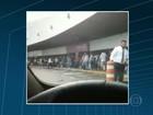 Após denúncias, prefeitura libera táxis não credenciados no Galeão