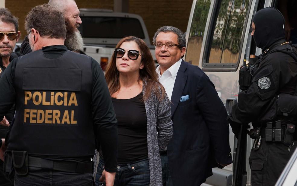 João Santana e sua mulher e sócia, Mônica Moura, ficaram presos durante seis meses em Curitiba (Foto: Cassiano Rosário/Futura Press/Estadão Conteúdo)