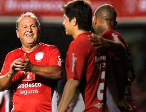 Zico e Conca no jogo das Estrelas (Foto: Ale Cabral / Ag. Estado)