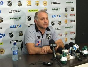 Toninho Cecílio - técnico do ABC (Foto: Jocaff Souza/GloboEsporte.com)