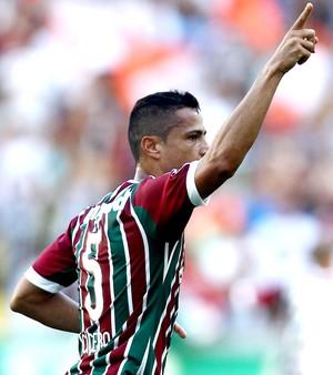 Cícero comemora gol Fluminense x Sport (Foto: Matheus Andrade / Photocamera)