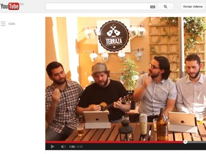 Imagem do clipe do Samba de Terraza com versão de 'Get lucky' (Foto: Reprodução/YouTube)