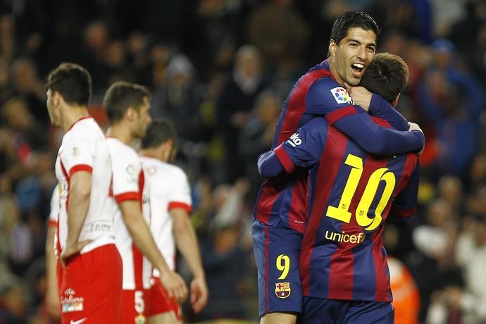 0454b6119f Barcelona x Almeria Suarez Messi Campeonato Espanhol (Foto  AFP)
