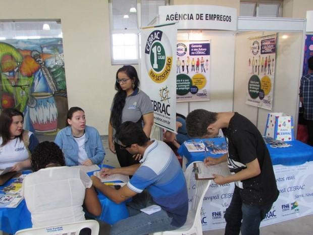 Feirão de empregos também vai ter ciclo de palestras (Foto: Divulgação/ Cebrac)