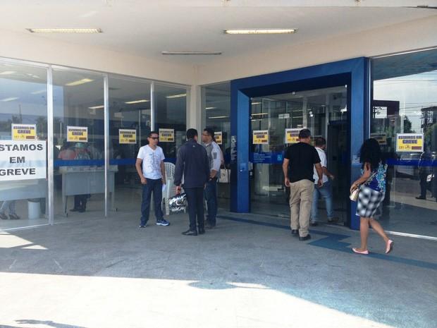 Bancários de Roraima aderiram à greve nacional, segundo o Sindicato (Foto: Jackson Félix/G1 RR)