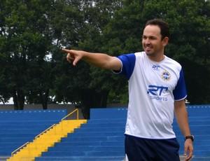 O técnico Moisés Egert, do São José Esporte Clube (Foto: Danilo Sardinha/Globoesporte.com)